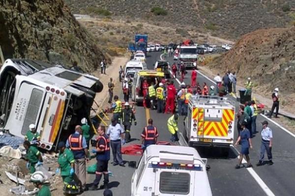 Ανείπωτη τραγωδία: Δεκάδες νεκροί από ανατροπή λεωφορείου!