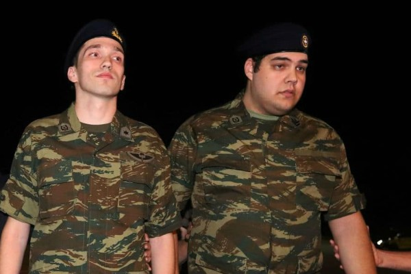 Βγήκαν από το νοσοκομείο οι 2 Έλληνες στρατιωτικοί!