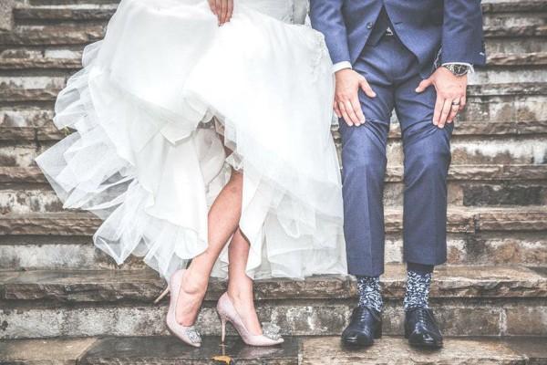 Απίστευτο! Έκαναν τον γάμο τους σε... πλημμυρισμένη εκκλησία! (video)