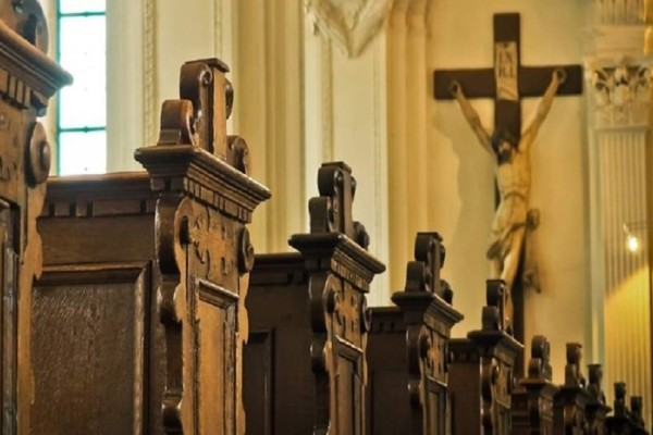 Αποκαλύψεις-σοκ: Τουλάχιστον 1.000 παιδιά έπεσαν θύμα σεξουαλικής κακοποίησης από ιερείς!