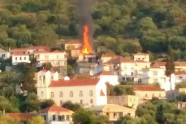 Φωτιά σε σπίτι στην Λευκάδα! (Photo)