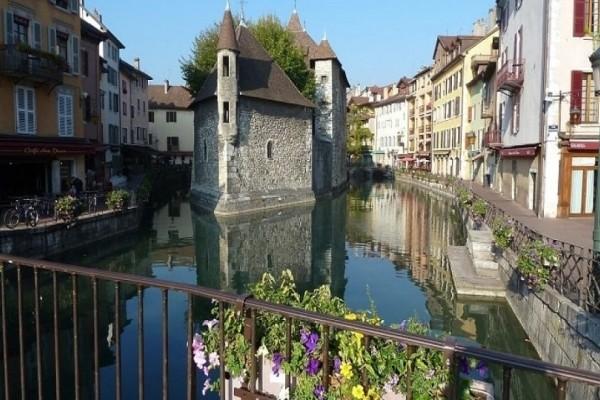 Ποια πόλη είναι η «Βενετία των Άλπεων» και που βρίσκεται;
