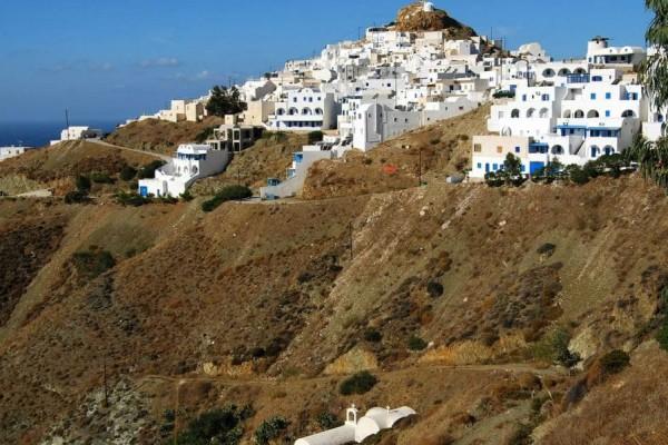 Ανακαλύψτε τις πιο όμορφες παραλίες στην Ανάφη!