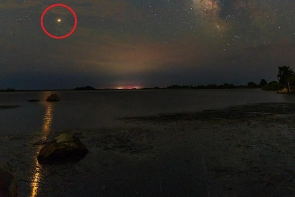 Μαγευτικές φωτογραφίες: Όταν ο Άρης πλησιάζει τη Γη!