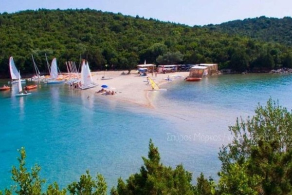 Αυτή η παραλία της Ηπείρου είναι το πιο εξωτικό κομμάτι της Ελλάδας