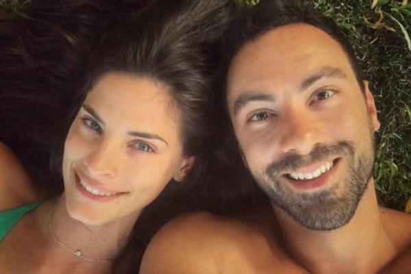 Σάκης Τανιμανίδης: Η επική φωτογραφία με την... κουμπάρα του και το μήνυμα όλο νόημα!