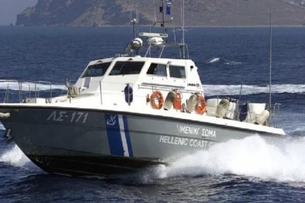 Νέα καταγγελία από Έλληνες ψαράδες: «Η τουρκική ακτοφυλακή ζητά χαρτιά σε διεθνή ύδατα»