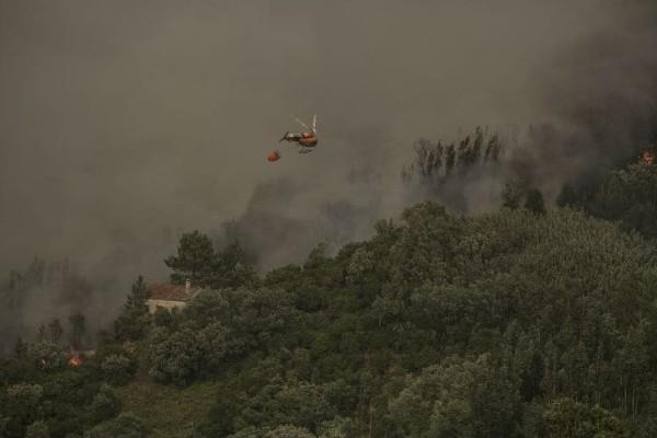 Πανικός στην Πορτογαλία! - Καίγεται για 7η ημέρα η χώρα (photos)