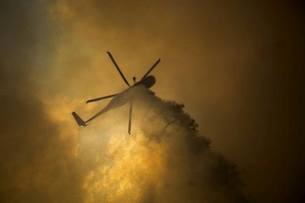 Αυστραλία: Συντριβή ελικοπτέρου που έσβηνε φωτιά, νεκρός ο πιλότος!