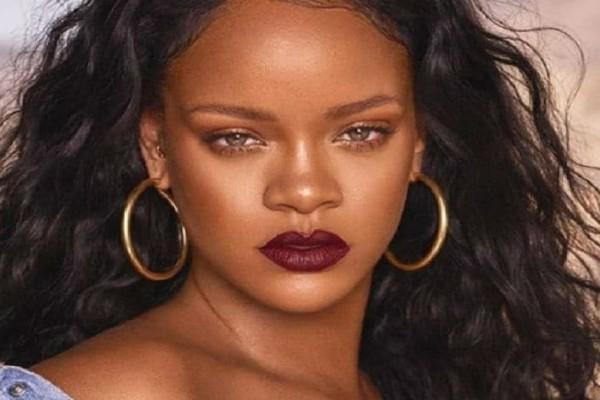 Κάντο όπως η Rihanna! -  Υιοθέτησε την πιο αμφιλεγόμενη τάση!