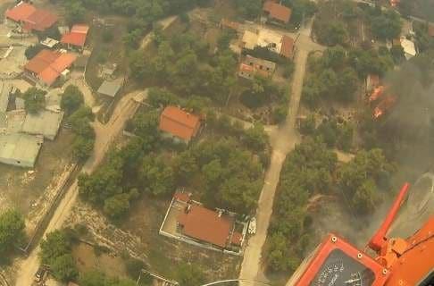 Βίντεο ντοκουμέντο από ελικόπτερο που επιχείρησε στην πυρκαγιά στην Κινέτα!