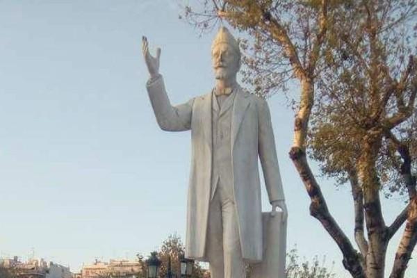 Συνέβη κι αυτό! Βάνδαλοι έβαψαν πράσινα τα νύχια στο άγαλμα του Βενιζέλου! (photos)