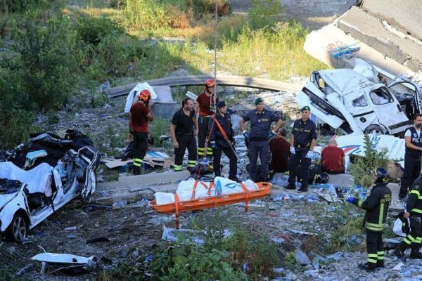 Τραγωδία στη Γένοβα: Στους 39 οι νεκροί από την κατάρρευση της γέφυρας (video)