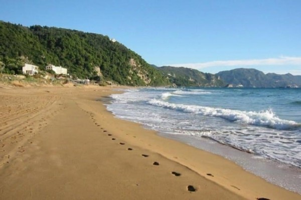 Κεφαλονιά: Η θάλασσα ξέβρασε 52 κιλά χασίς!