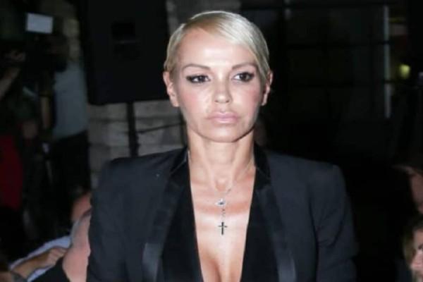 Γιατί η Νατάσα Καλογρίδη είναι έξαλλη με την κόρη του Αλέξανδρου Λυκουρέζου;