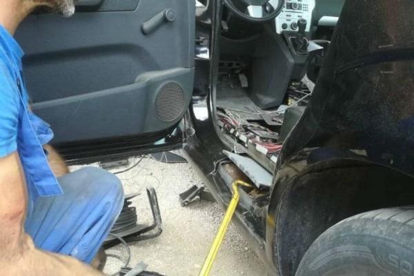 Ηγουμενίτσα: Είχε κρύψει στο αυτοκίνητό του 87 κιλά κάνναβης