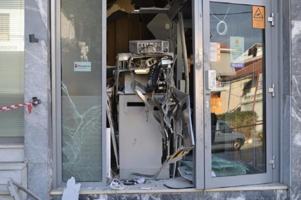 Η σπείρα των ATM ξαναχτύπησε: Ανατίναξαν δύο σε σούπερ μάρκετ στη Βαρυμπόμπη!