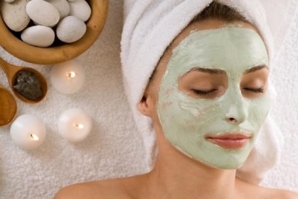 Κορίτσια δώστε βάση: Φτιάξτε θαυματουργή μάσκα ομορφιάς με αβοκάντο!