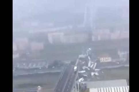 Απίστευτο βίντεο: Δείτε την έκταση της τραγωδίας στην Γένοβα από ελικόπτερο!