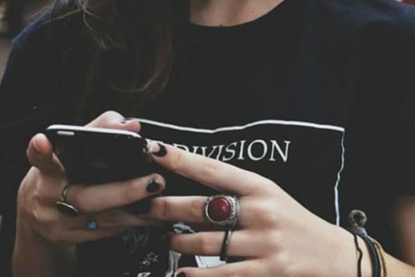 Σου έστειλε μήνυμα ο πρώην σου; 6 λόγοι που το έκανε