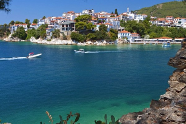 5 ελληνικά νησιά για καλοκαιρινά πάρτι!