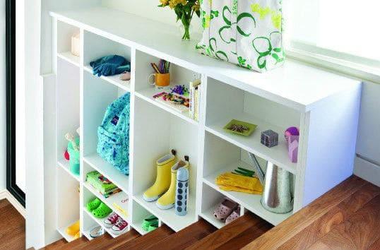 72728dc4be8a Έτσι θα δημιουργήσετε αποθηκευτικούς χώρους σε σπίτι χωρίς πολλά ντουλάπια!  (video)
