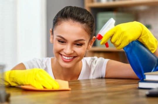 Καθαριότητα στο σπίτι: Κάντε αυτό κάθε μέρα και δεν θα χρειαστεί να χαραμίζετε τα σαββατοκύριακά σας!