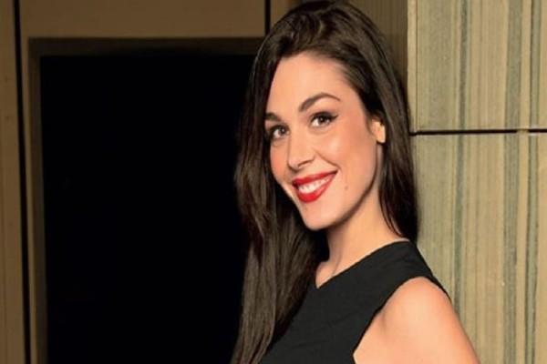 Iωάννα Τριανταφυλλίδου: Για ποιον χτυπάει η καμπάνα; - Οι σπόντες της ηθοποιού!