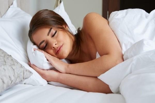 Εσύ κοιμάσαι σωστά; 4+1 tips για άνετο και υγιή ύπνο!