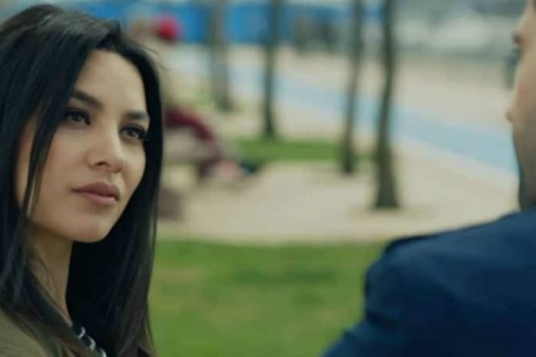 Kara Sevda: Η Ζεϊνέπ μένει πλέον χωρίς χρήματα, απελπισμένη και ολομόναχη!