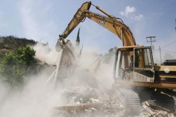 Ξεκίνησαν οι κατεδαφίσεις αυθαίρετων! Σε ποιες περιοχές μπαίνουν μπουλντόζες