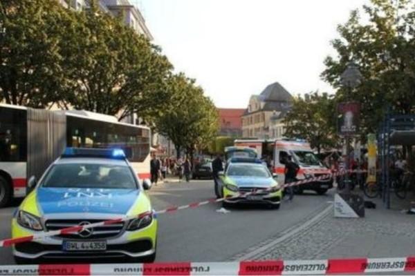 Επίθεση με μαχαίρι στη Γερμανία: Τρεις τραυματίες