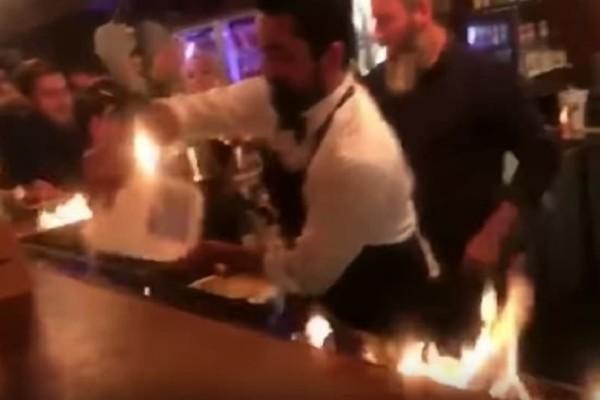 Τουρίστες πήραν φωτιά σε εστιατόριο! - Τραυματίστηκε κι ένας Έλληνας! (Video)