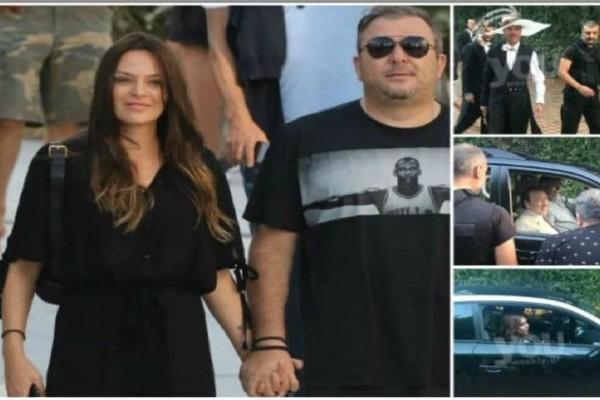 Γάμος Μπόσνιακ-Ρέμου: Οι πρώτοι καλεσμένοι έφτασαν στο κτήμα! (photos)