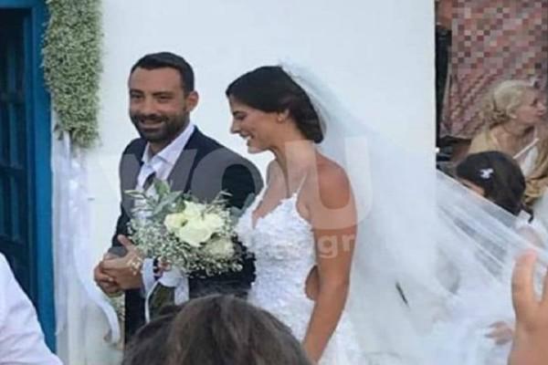 Γάμος Μπόμπα - Τανιμανίδη: Το εντυπωσιακό νυφικό της Χριστίνας που μαγνήτισε όλα τα βλέμματα!