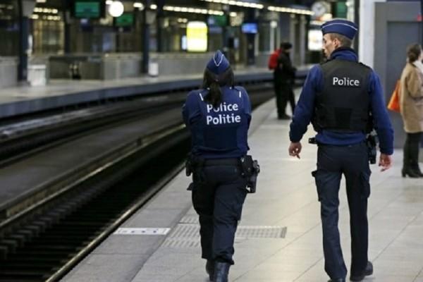 Συναγερμός στις Βρυξέλλες: Επίθεση με μαχαίρι κατά αστυνομικού!