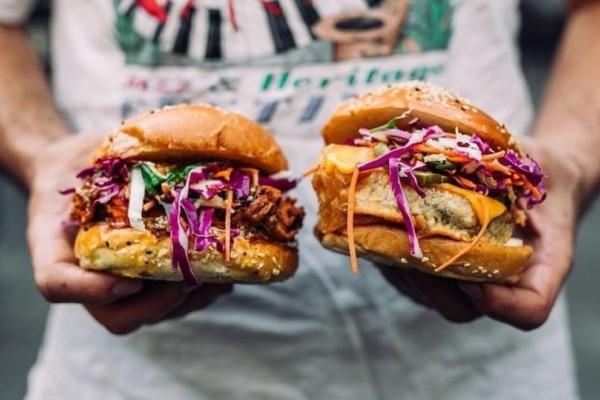 Ξεκινά την Παρασκευή το Burger Fest της Αθήνας! - Δοκίμασε τους πιο απίθανους συνδυασμούς!