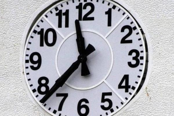 Μεγάλο μπάχαλο με την αλλαγή της ώρας: Τελικά αλλάζει τον Οκτώβριο ή όχι;