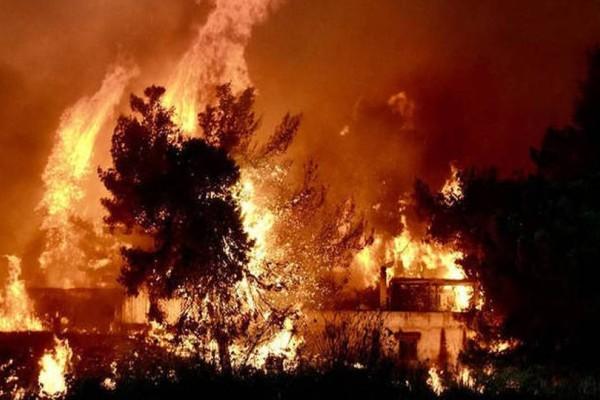 Ισχυρή πυρκαγιά στην Κεφαλονιά: Εκκενώνεται σχολείο!