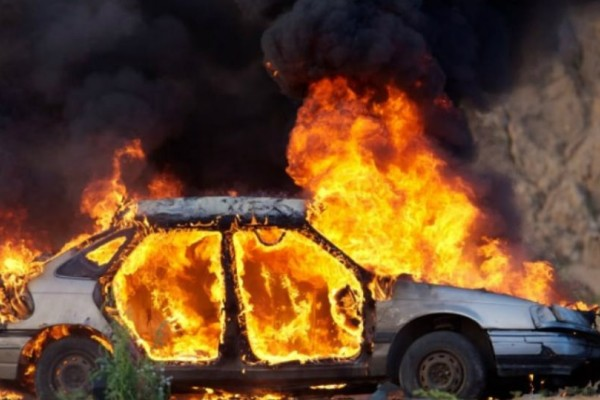Καβάλα: Φρικτό τέλος! Άνδρας απανθρακώθηκε μέσα στο αμάξι του μετά από τροχαίο