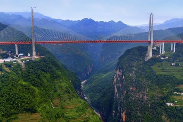 Αυτή είναι η πιο ψηλή γέφυρα του πλανήτη- Δείτε που βρίσκεται!