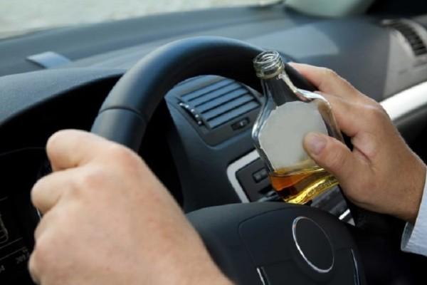 Αριθμός-σοκ: Εντοπίστηκαν 887 μεθυσμένοι οδηγοί σε μία εβδομάδα!