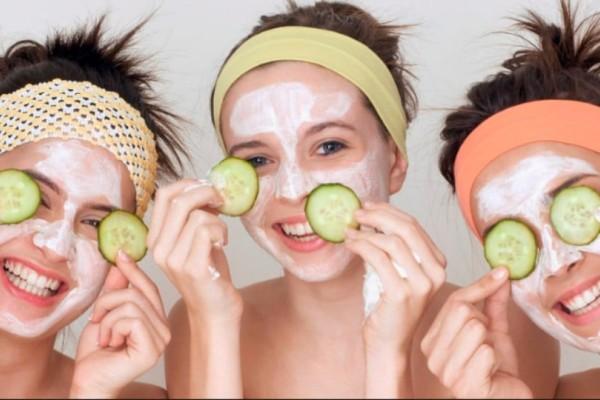 Φτιάξτο μόνη σου: Σπιτική μάσκα προσώπου με γιαούρτι!