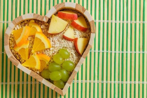 Παγκόσμια Ημέρα Καρδιάς: Ποιες τροφές ενισχύουν τη σωστή λειτουργία της καρδιάς;