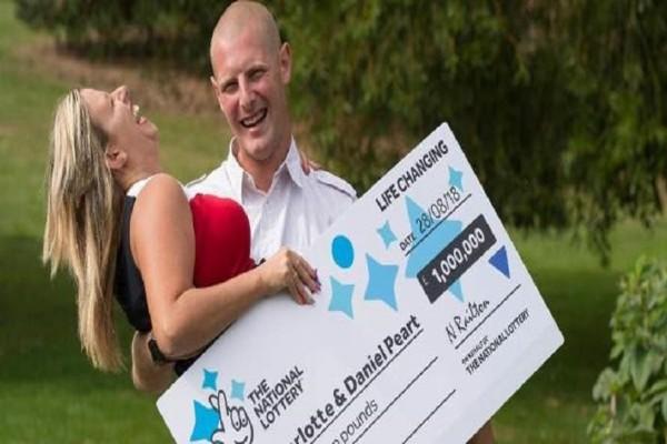 Έκανε πλάκα στον άντρα της ότι κέρδισαν το Λόττο και λίγες μέρες μετά το έπιασαν!