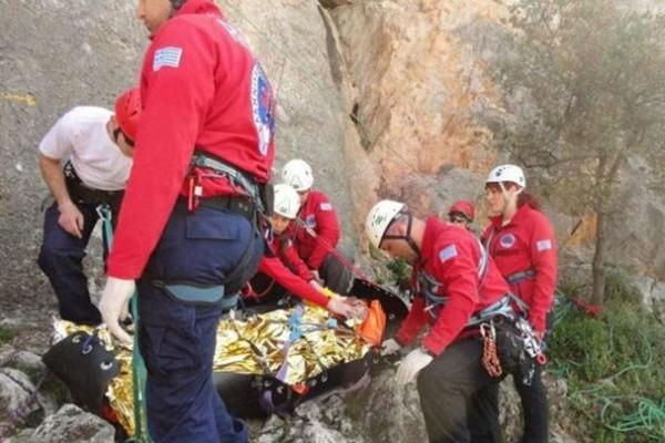 Όλυμπος: Επιχείρηση διάσωσης τραυματισμένης γυναίκας!