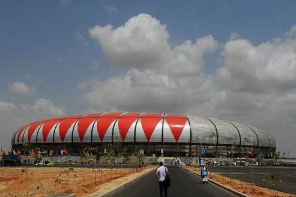 Τραγωδία σε γήπεδο της Ανγκόλα: Πέντε νεκροί και επτά τραυματίες!