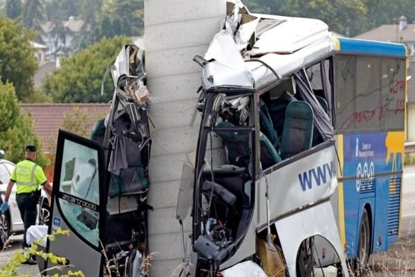Τραγωδία στην Ισπανία: Πέντε νεκροί σε τροχαίο με λεωφορείο!