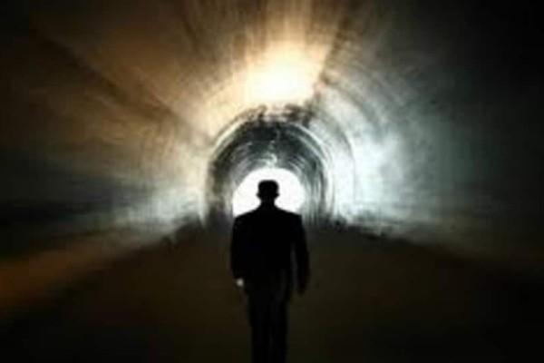 Γιατί έρχονται οι νεκροί στα όνειρά μας; – Κάτι θέλουν να μας πουν!