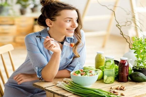 Ακολουθείς μία αυστηρή φυτοφαγία; - Δες τι θα συμβεί στο σώμα σου αν γίνεις vegan!